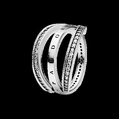 Pandora Logo 心形裝飾戒指